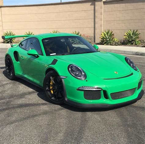 porsche 911 gt3 rs green 25 best ideas about porsche 991 gt3 rs on pinterest