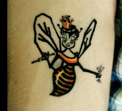 queen bee tattoo meaning bee tattoo great ink pinterest
