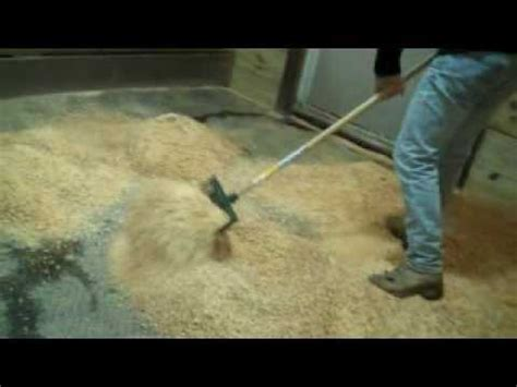 pelleted horse bedding horse bedding pine pellets from guardian horse bedding youtube