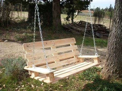 pallet porch swing 33 pallet swings chair bed and bench seating plans