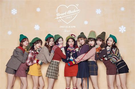 twice christmas wallpaper twice special heart shaker and christmas 2000 x