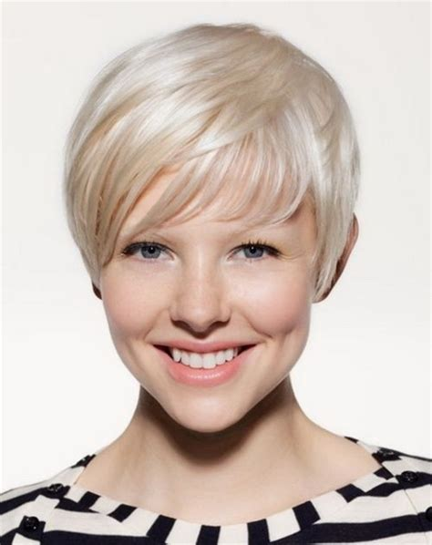 2015 hot new hair styles for over 40s short haircut styles for women over 40