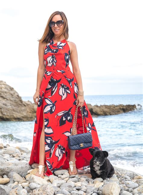 Why a Maxi Dress is a Beach Resort Vacation Must   Travel
