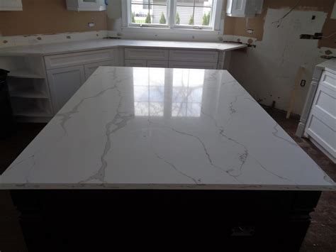 Quartz Countertops Reviews by Naturaquartz Bianco Calacata Milwaukee Wi Amf Brothers