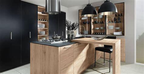 rdv cuisine cuisine aspect bois avec poign 233 es cuisiniste haut de