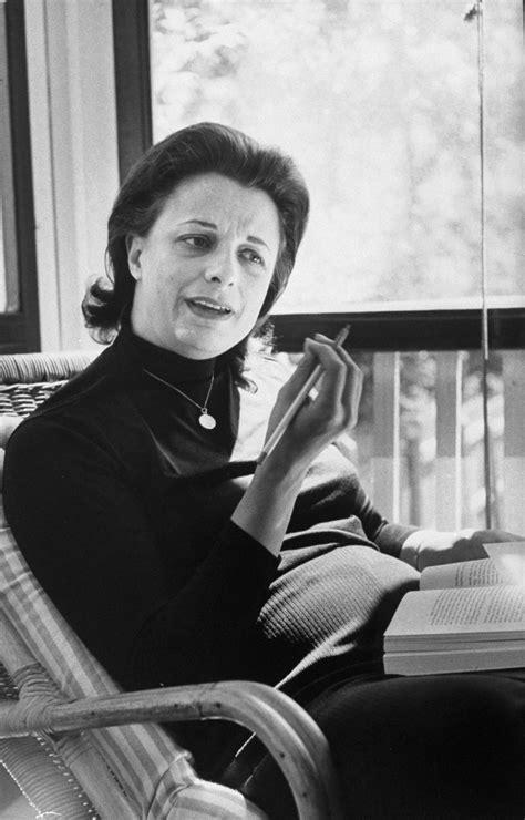 Virginia E. Johnson, 1925–2013, Sexologist - Sexology 101