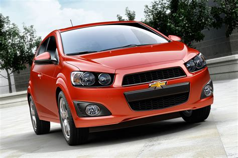 chevy sonic 2013 chevrolet sonic rs wallpapers pictures pics