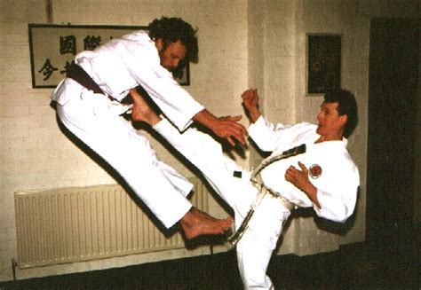 history of okinawa karate japan karate do hakua kai dave kershaw 5th dan konjaku shin chief instructor