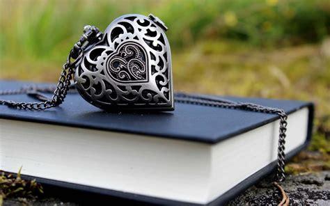 book pendant heart chain wallpaper hd love wallpapers