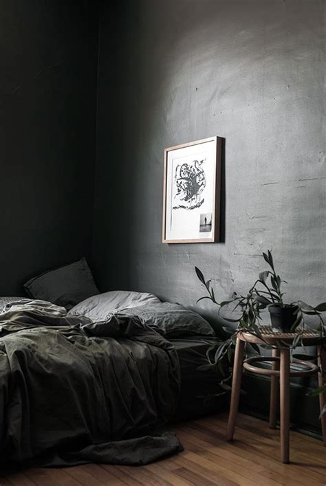 dark grey bedrooms best 25 dark grey bedding ideas on pinterest dark