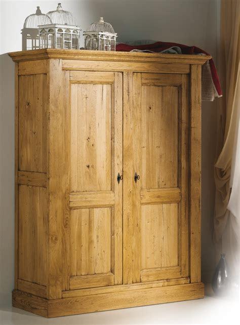 armoire de chambre bois massif