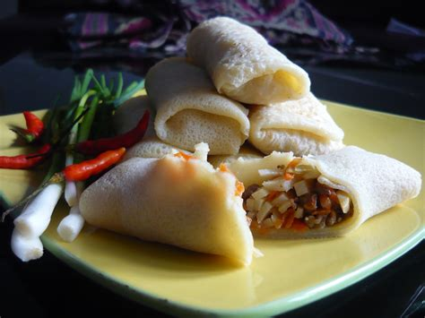 membuat jajanan dari kulit lumpia resep jajanan enak lumpia basah asli bandung makanajib com