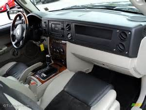 2007 jeep commander overland 4x4 interior photos