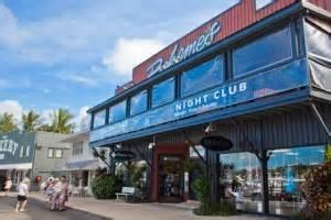 bars & nightlife whitsunday holidays