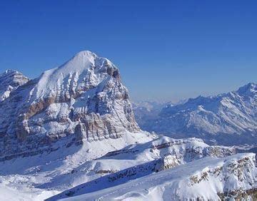 cortina d'ampezzo, italy: activities in the popular ski