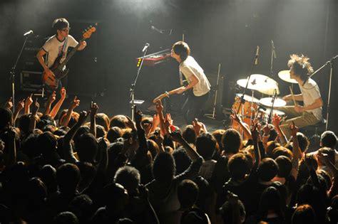 live house 2013 03 02 ライブハウスツアー quot quot 静岡 live house 浜松窓枠
