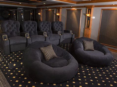 home theaters  emerge   uae  growing number