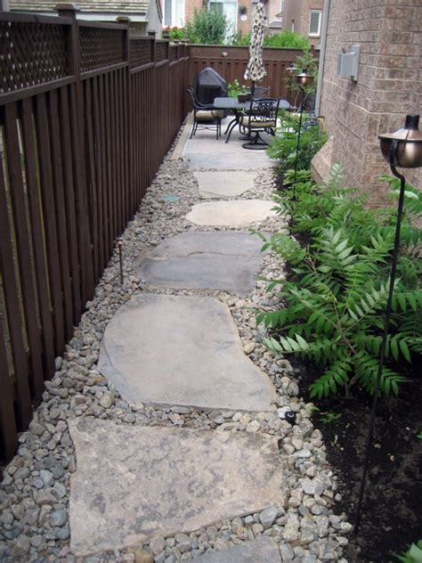 walkway side of house 1000 images about garden ideas on pinterest fall containers rain chains and succulents