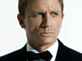 bond actors in chronological order