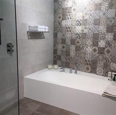 dekor wandfliesen bad 22 besten zementfliesen bilder auf badezimmer