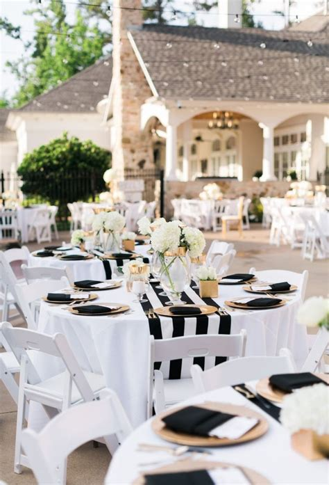 Black And White Wedding Decor by Best 25 Black White Ideas On Black