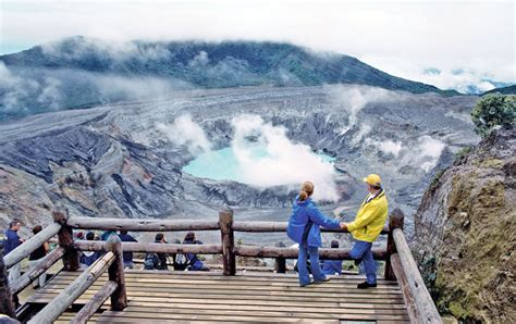 Poas Volcano   Costa Rica Shuttle & Tours Operator