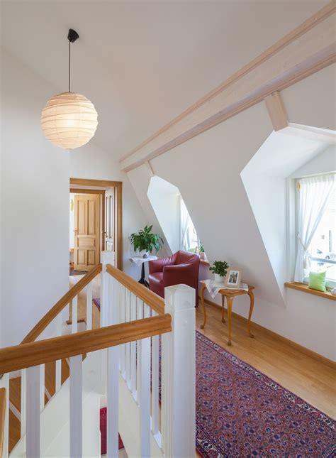 innentreppe mit galerie innenarchitektur landhaus lieser