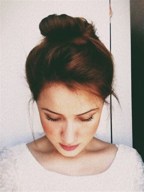 messy bun procedure low messy bun tutorial rachael edwards