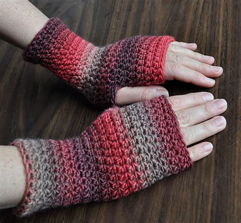 free pattern for crochet fingerless gloves amazing fingerless crochet gloves for girls nationtrendz com