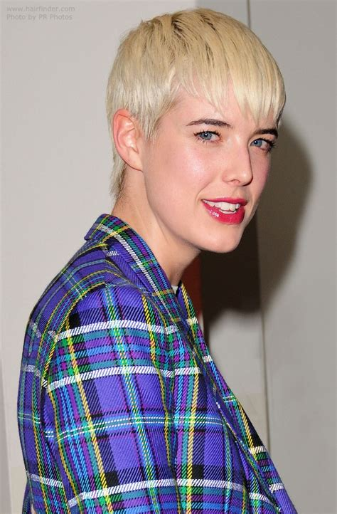 short layered conservative hairstyles agyness deyn short pixie cut with a controlled and