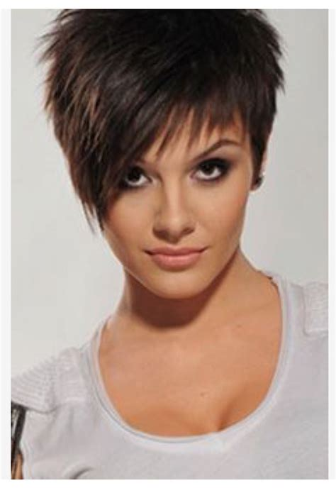 asymmetrical haircuts for women over 40 with fine har asymmetrical haircuts for women over 40 with fine har 10