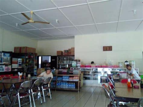 Makan Meja Di Restoran Central tempat makan dan meja kasir restoran picture of cahaya