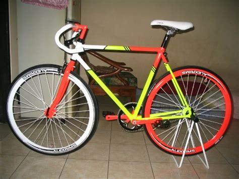 Rantai Warna Buat Seepeda Fixiebmx sepeda pixie 3 warna sepeda style
