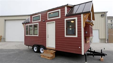 tiny houses fyi network a tiny starter home