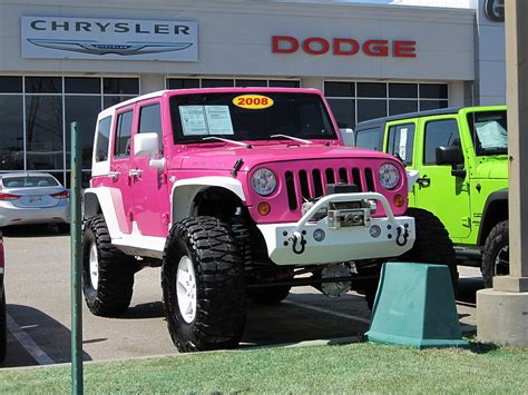 pink jeep cars and pink cars on pinterest pink cars pink