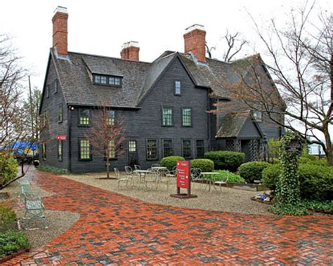 house seven house of seven gables
