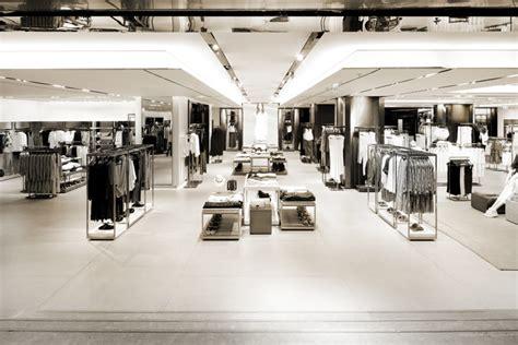 layout de zara 30 eye popping retail store layouts inspirationfeed
