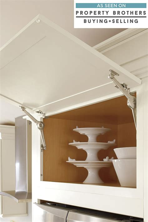 top hung kitchen cabinet hinges wall cabinet with top hinge door diamond cabinetry