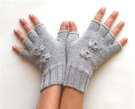 how to knit gloves with fingers for beginners knit pattern for cherry half fingers gloves p0009