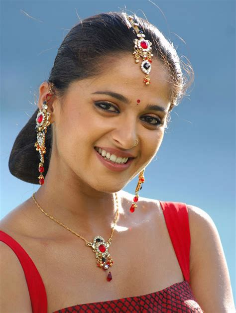 tamil biography movies list tamil actress hd wallpapers free downloads anushka shetty