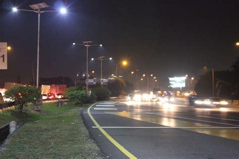 Lu Jalan Tenaga Surya solar panel penerangan jalan umum pju 60watt jual solar