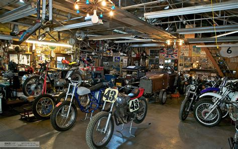 Motorrad Uk Store by Unique Motorcycle Garages 9 Motorcycle Dream Garages