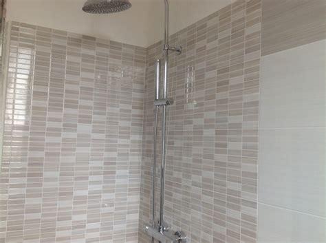 interno doccia foto interno doccia in mosaico preinciso di casambiente