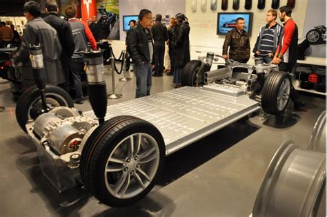Tesla Model S Battery Tesla Model 3 Speculating On Versions Batteries Prices