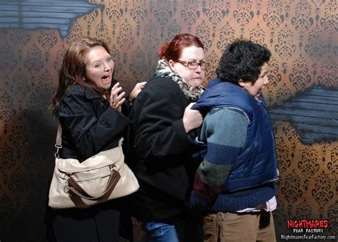 funny haunted house videos 20 priceless haunted house reactions pleated jeans
