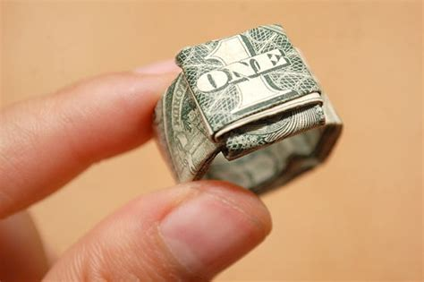 How To Fold A Paper Ring - 14 best images about geld vouwen on ukulele