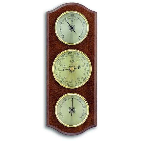 walnut barometer 27 5cm