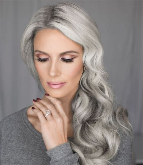 women in their 30s with gray hair 30 superb short hairstyles for women over 40 silver hair
