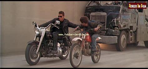 Motorrad Arnold Forum by Fehler Stuntfahrer Aus Dem Terminator 2 1991