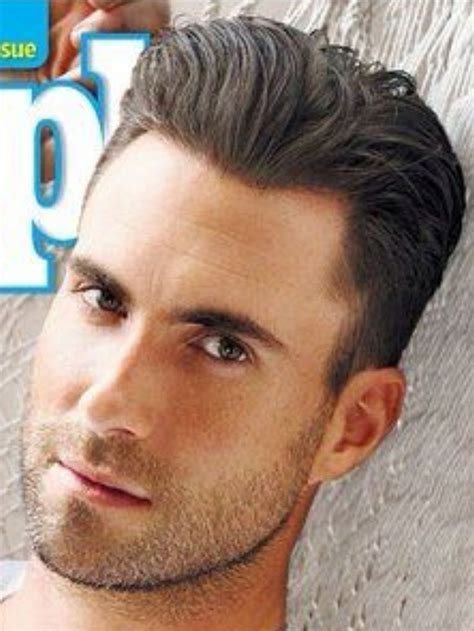 how to hair style your hair like adam levine adam levine men s hair hairstyles pinterest